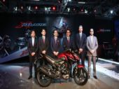 Honda 2Wheelers unveils 160cc X-Blade for the Indian market