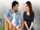 Varun Tej and Raashi Khanna in Tholi Prema