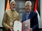 Palestinian President Mahmoud Abbas honours Prime Minister Narendra Modi in Ramallah