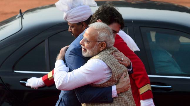 PM Narendra Modi greets Canadian PM Justin Trudeau at Rashtrapati Bhavan