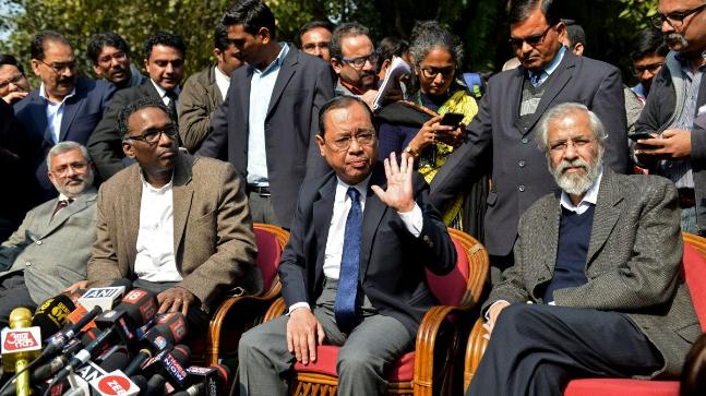 (L-R) Justices Kurian Joseph, Jasti Chelameswar, Ranjan Gogoi and Madan Lokur addressed the media at a news conference in Delhi on January 12, 2018. REUTERS/Stringer