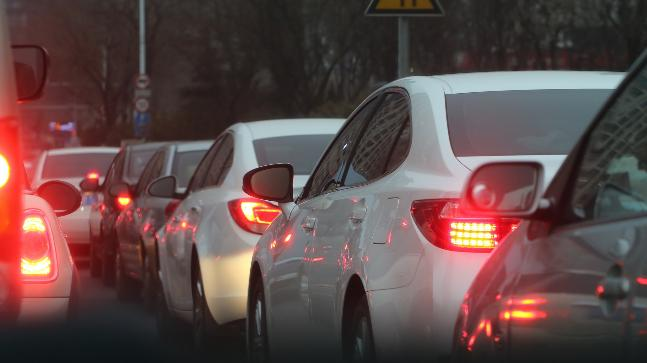 The environmental lobby DUH sued Stuttgart and Duesseldorf to force them to implement driving bans, after about 70 German cities were found to exceed European Union NOx limits.