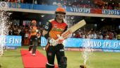 David Warner steps down as Sunrisers Hyderabad captain after ball-tampering controversy