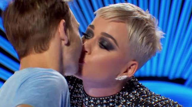 'American Idol' contestant says Katy Perry kiss wasn't harassment
