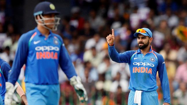 Dhoni out of BCCI's top-pay bracket, Kohli gets A+ contract