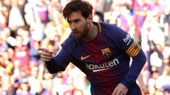 Maradona: Messi doesn't need more pressure
