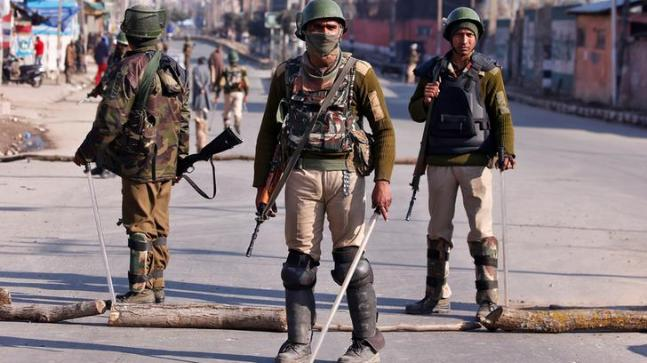 Clampdown in Srinagar as Hundreds Gather for Militant Funeral