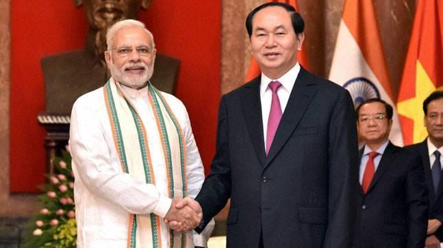 Prime Minister Narendra Modi with President of Socialist Republic of Vietnam, Tran Dai Quang, in Hanoi. Photo: Reuters