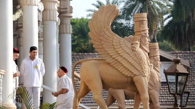 President, PM greet Parsi community on Navroz