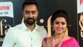 WATCH: Prasanna turns fitness trainer for wife Sneha