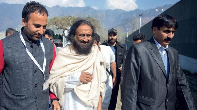 No takers for Sri Sri? The spiritual leader in Srinagar