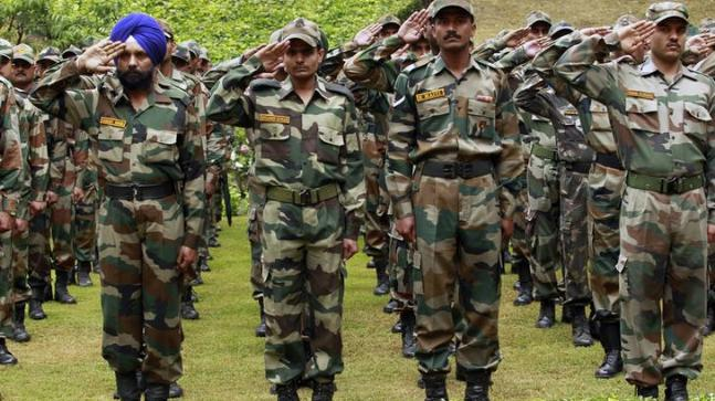army pays tribute to soldier martyred in tral encounter india news