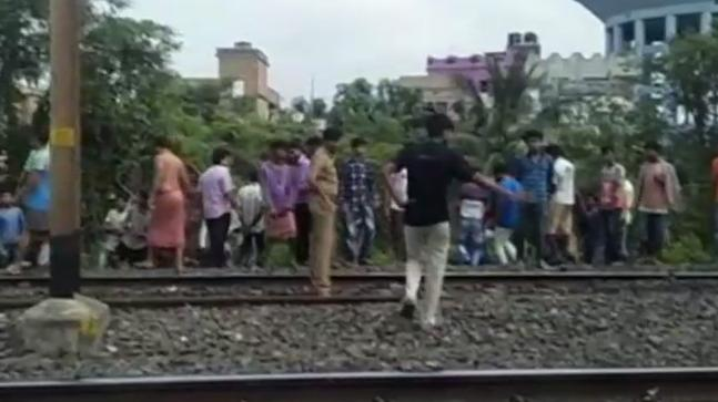 Ragpicker injured in explosion near Dum Dum Cantonment railway line
