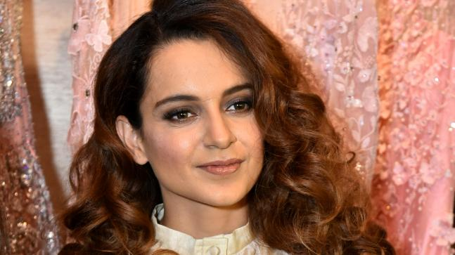 Kangana Ranaut looks exquisite in this classy-retro outfit