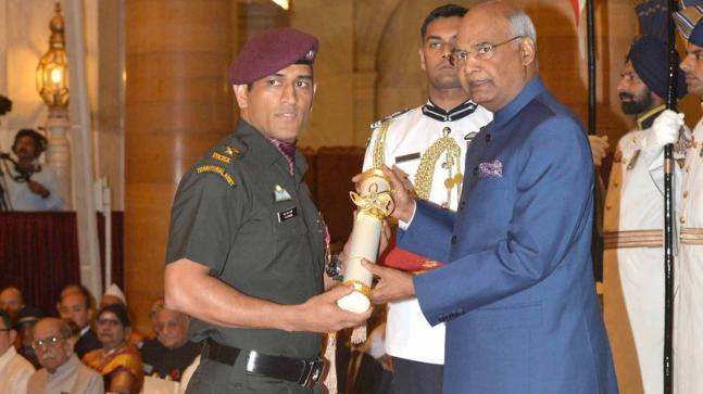 MS Dhoni was conferred with Padma Bhushan by President Ram Nath Kovind at Rashtrapati Bhawan