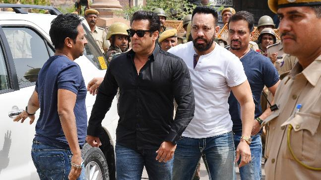 Salman Khan gets bailable warrant against him cancelled, bodyguard Shera  stands as his new surety - India News