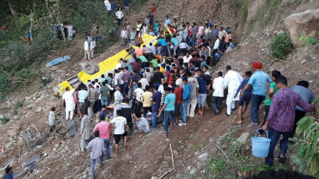 20 kids feared dead as school bus falls into gorge in India