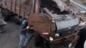 17 workers die after truck overturns in Maharashtra