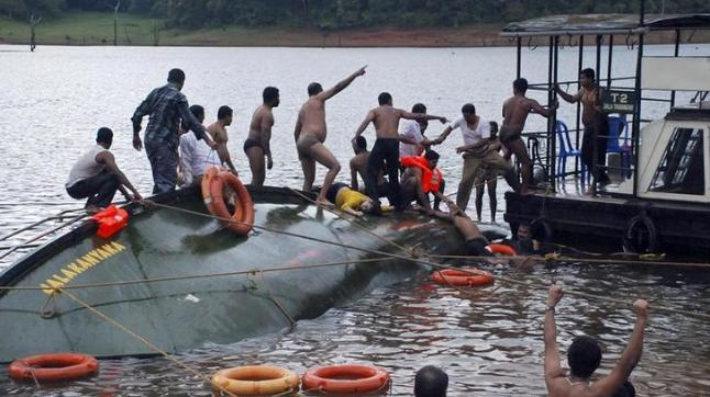 17 die in boat capsize, lightning strike in Bihar