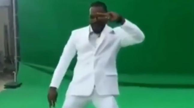 Chris Gayle dances to Sapna Choudhary's song