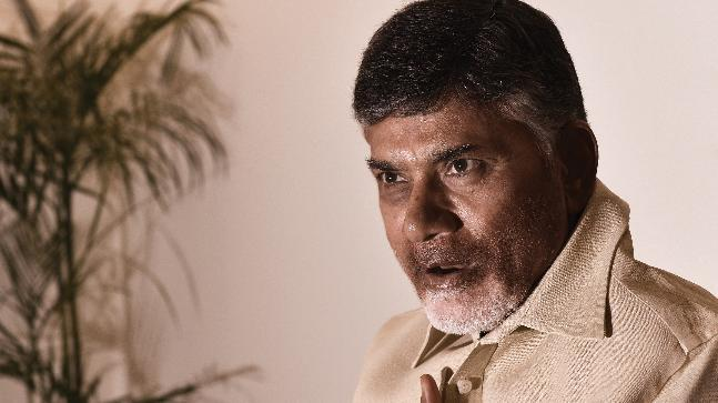 Chandrababu Naidu takes out cycle rally to press for Andhra special status