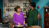 Dhan Dhana Dhan trailer: Cricket buff Shilpa Shinde prepares Sunil Grover for interview with Kapil Dev