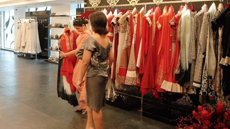 Delhi S Top Fashion Designers Land In I T Department Net Mail Today News