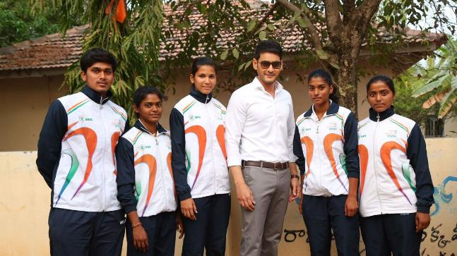 Mahesh Babu with the athletes