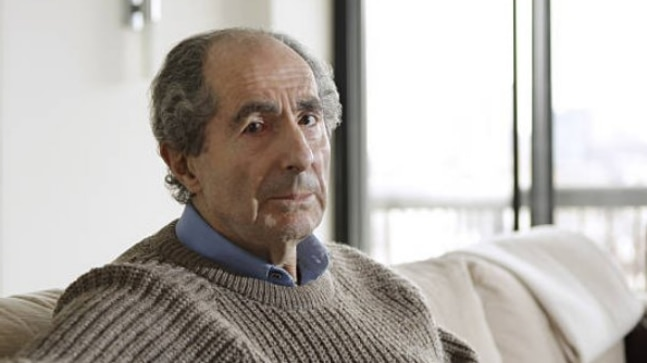 Philip Roth dies at the age of 85.