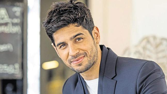 Why did Karan Johar turn down Sidharth Malhotra?
