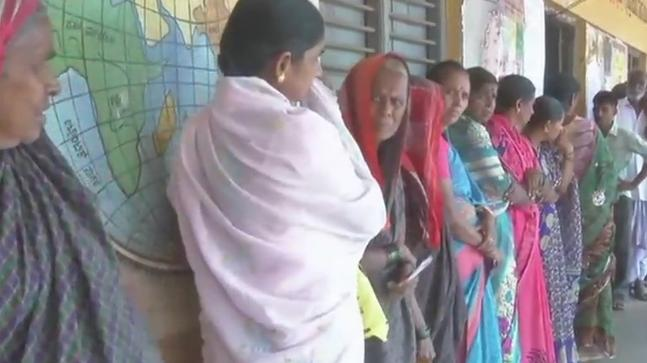 Visuals of voters at a polling booth in Sulla village in Dharwad's Navalgund in Karnataka.