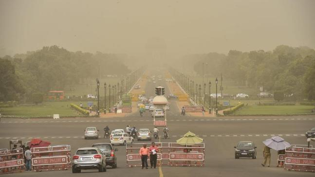 Delhi: Air quality improves considerably