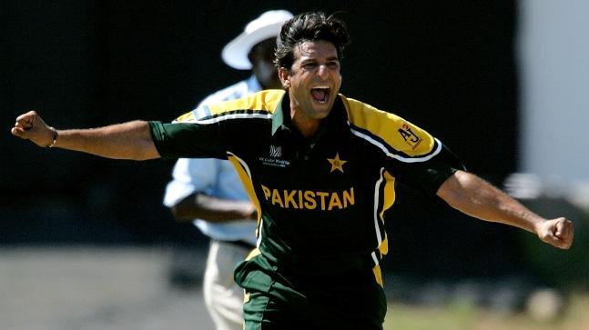 Image result for Wasim Akram bowling