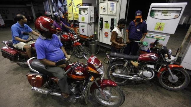 'No good reason' why fuel retailers refuse to drop prices