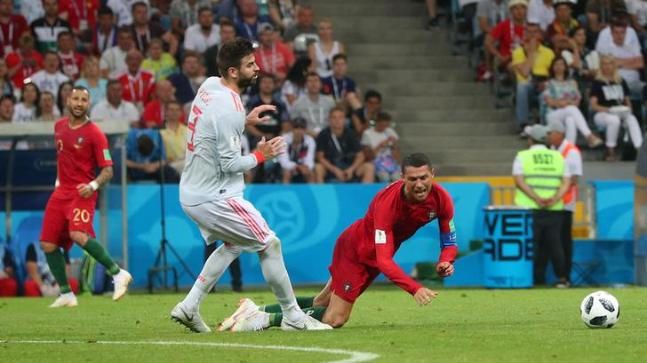 Ronaldo scores hat-trick as Portugal draws 3-3 with Spain