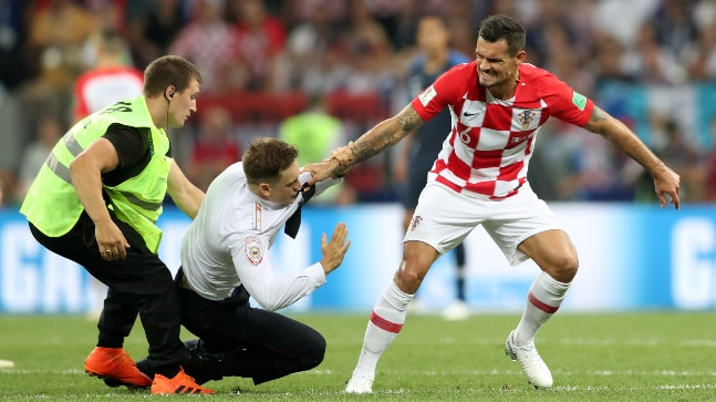 17a51ae91d0 World Cup 2018 final: Russian punk band invades pitch. Watch video ...