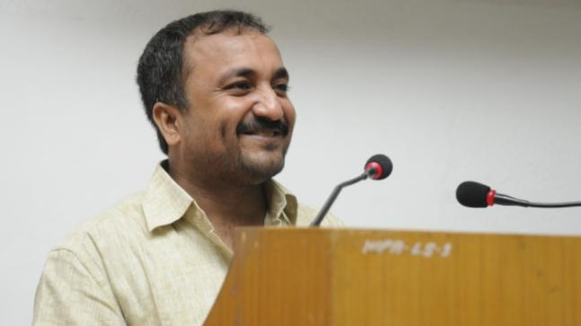 Anand Kumar accused of deceit to gain popularity