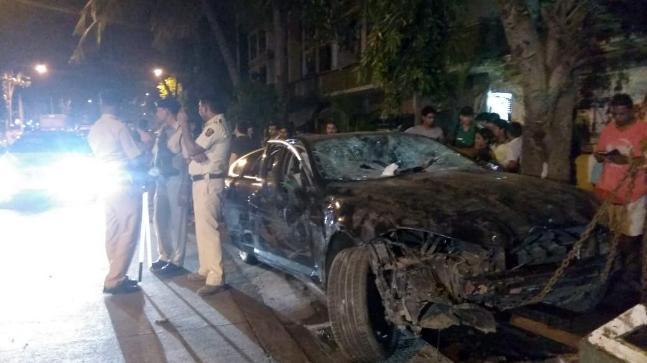 Speeding Jaguar Rams Into 10 Cars In Mumbai India News