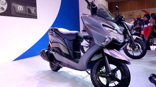 The Suzuki Burgman is slated to be the one of the first maxi-scooters with 14-inch wheels and loaded with features.