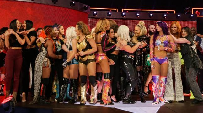 WWE announced that for the first time an all-women's exclusive pay-per-view event, Evolution, will be organised in October of 2018