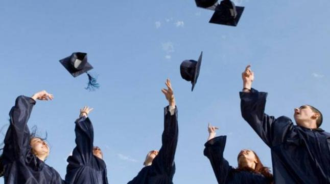 Students from IITs, IIMs bag over 100 per cent higher salary packages than any other engineer or MBA graduate: Survey