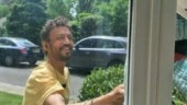 Irrfan shares first pic after treatment, he's fighting illness with a smile