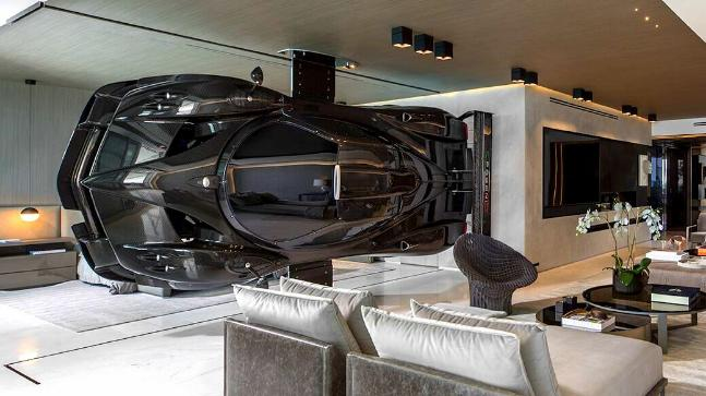 Pagani Hypercar Inside Your Apartment Someone Has Did Itpagani Hypercar Inside Your Apartment
