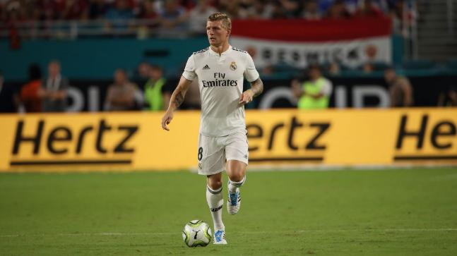 real madrid star toni kroos voted german footballer of the year