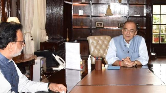 Jaitley back as Finance Minister after 3 month absence