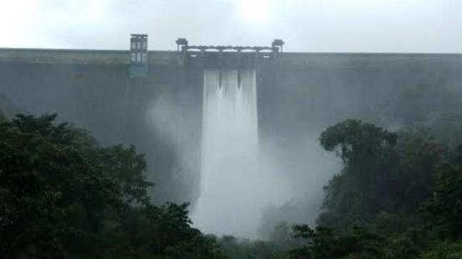 6 lakh litres gush out every second from Idukki Dam as rain batters Kerala
