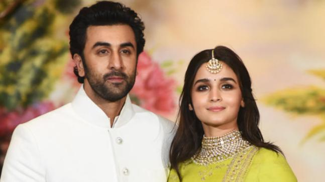 Alia Bhatt is dating Ranbir Kapoor.