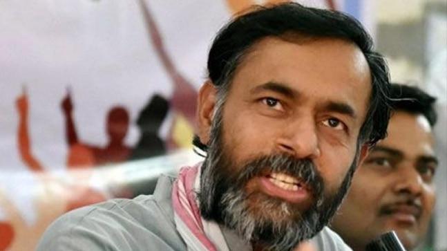 yogendra yadav detained