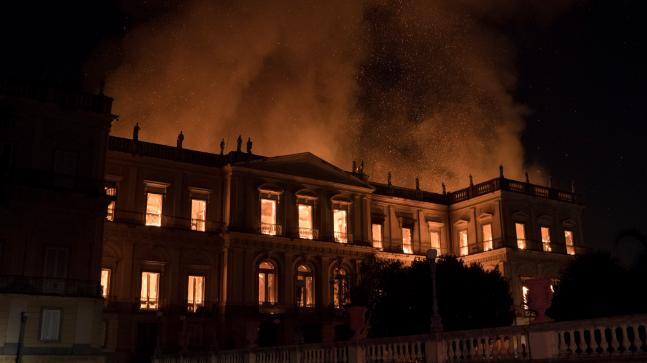 Massive blaze at 200-year-old Rio museum