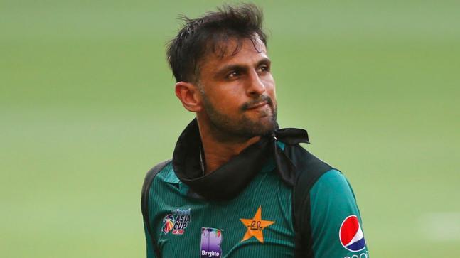 Jiju! Shoaib Malik Reacts To Fans' Chants In High-profile
